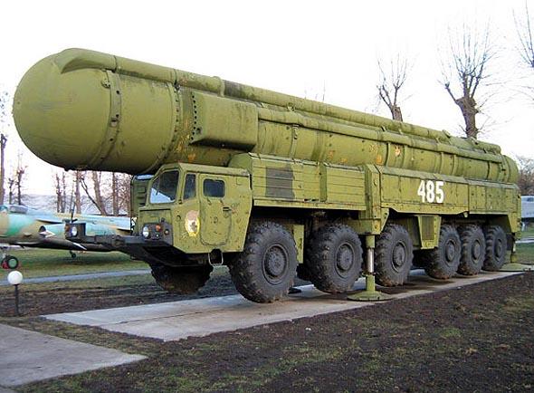俄罗斯高官称俄罗斯应该具有至少1500枚核弹头