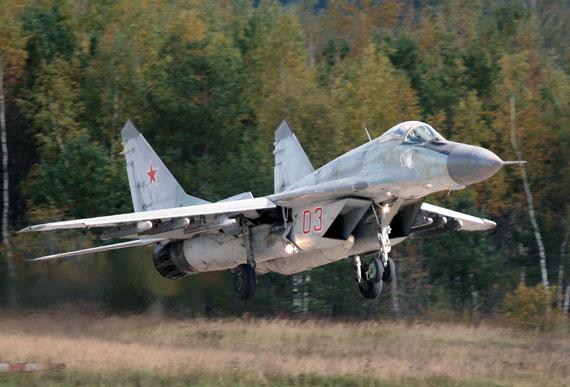 印度已自行研制超音速战斗机