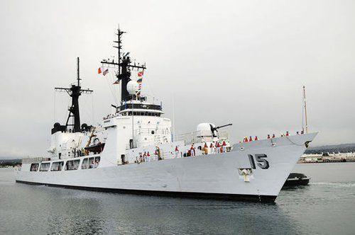 菲律宾前官员:派军舰去黄岩岛抵挡我国渔民犯大错