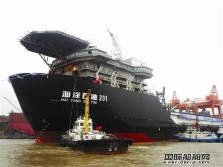 我国首艘深水铺管起重船海洋石油201启航南海
