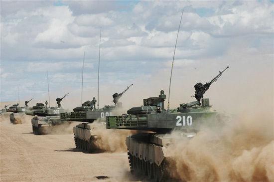 我军99坦克挂反响装甲抗穿甲才能可达1200毫米