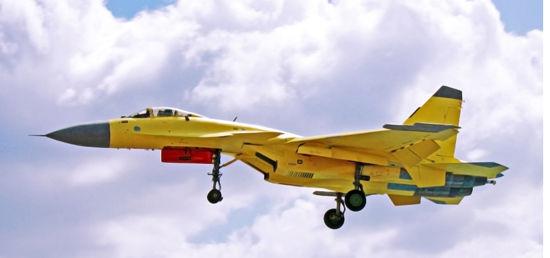 沈飞专家解读舰载机与陆基战斗机差异