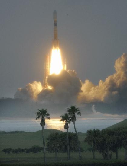 日本成功向国际空间站发射第3艘无人货运飞船