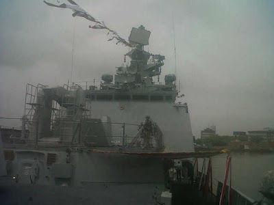 印度最新国产隐身护卫舰执役 排水量在6100吨