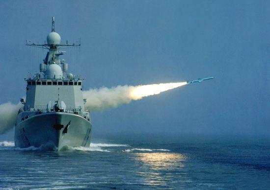 中国海军现已列装第三代驱逐舰、护卫舰、潜艇