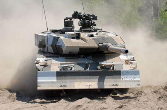 """我国99坦克比欧洲坦克""""豹2""""更担任中东战场环境"""
