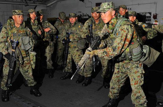 """美国与日本联合""""攫取钓鱼岛""""军演是一张废牌"""