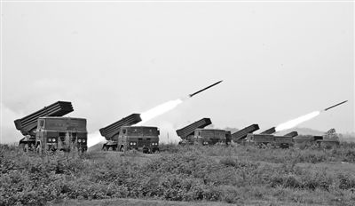 我国南京军区在东南滨海举办水兵与空军联合作战演练