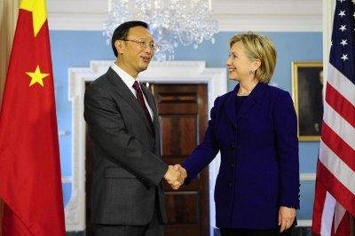 美国希拉里出访我国等亚太六国 清晰评论南海问题
