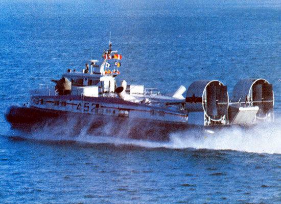 70吨级722II气垫登陆艇 美国称我国正在制作中