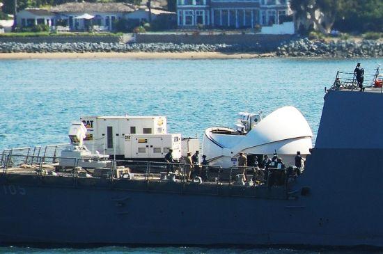 美国将快速开发舰载高能固体激光炮 以应对我国