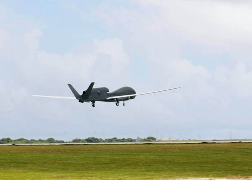 日本已经在关岛布置无人机 用于监督我国海陆空戎行