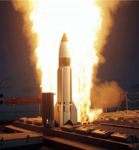 美国雷声公司获规范3导弹出产合同 单价超千万美元