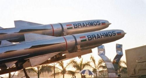 """""""布拉莫斯""""导弹 俄罗斯将在年末试射其潜射型版别"""