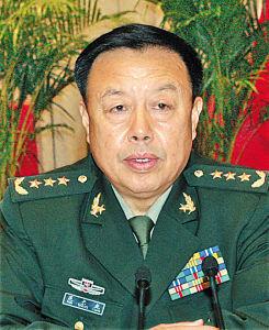 军事高层人事-中共中央军事委员会副主席范长龙简历