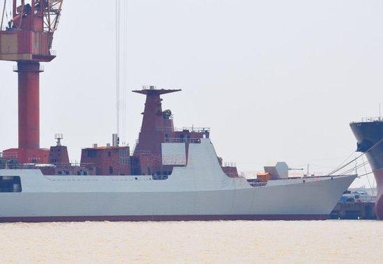 外媒称我国第3艘052D驱逐舰下水 动力系统升级