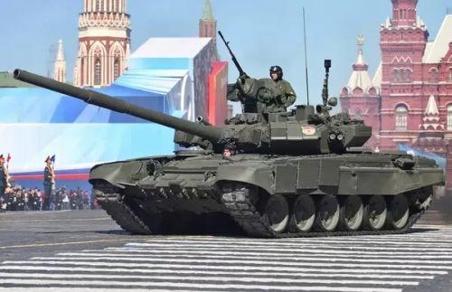 俄罗斯总统普京称:俄军现代化武器装备比重年末应超50%