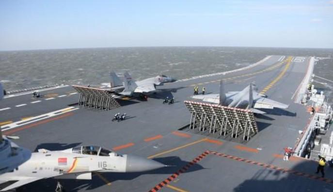"""我国海军""""辽宁号""""航母编队经过宫古海峡,我国航母初次打破榜首岛链"""