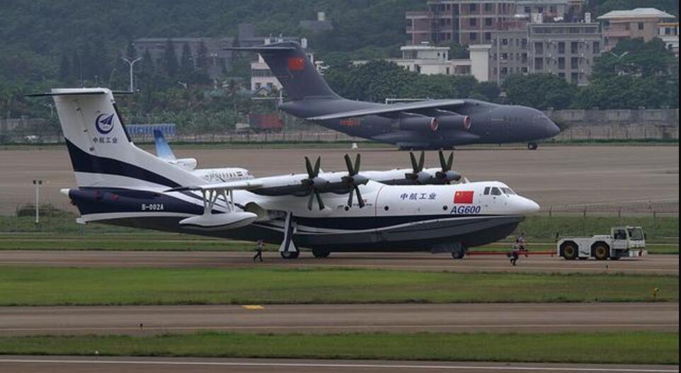 us-2型水上飞机,还有略小一点的俄罗斯别-200以及加拿大庞巴迪cl415